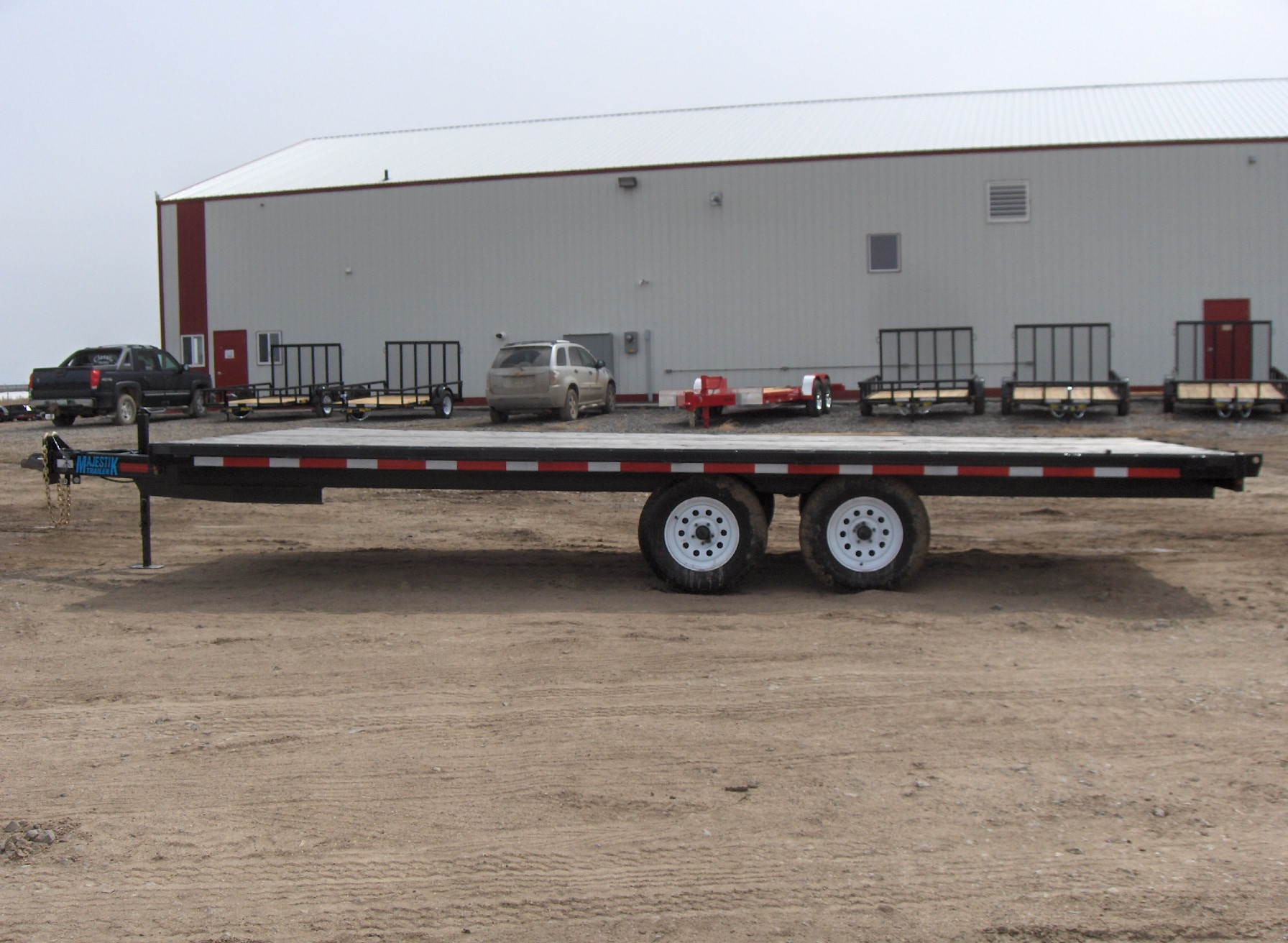 Majestik H235 12ft Highboy Straight Deck No Ramps
